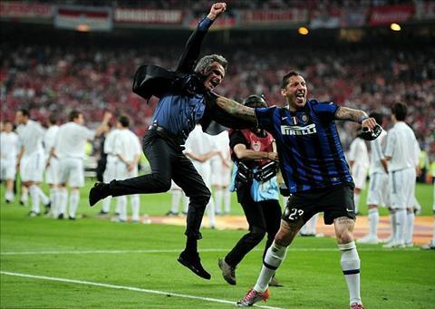 Materazzi yeu quy va ton tho Mourinho