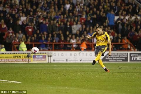 Thay gi sau tran Nottingham Forest 0-4 Arsenal hinh anh 2