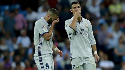 Benzema va Ronaldo khong the giup Real gianh tran thang thu 17 lien tuc tai Liga. Anh: Reuters