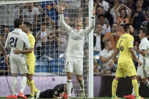 Zidane len tieng ve phong do bat on cua Ronaldo hinh anh