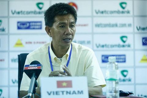 HLV Hoang Anh Tuan Toi mat an mat ngu vi U19 Viet Nam hinh anh