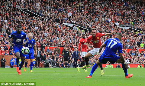 mata manchester united leicester