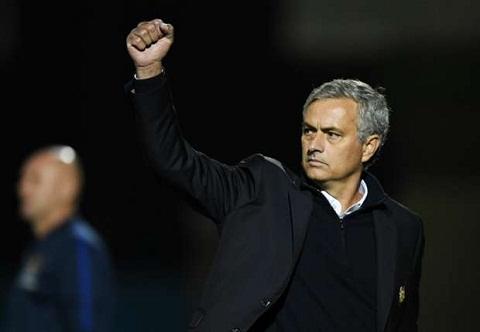 Man United va diem sang noi hang tien ve hinh anh 3
