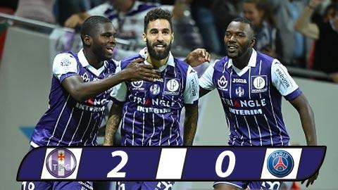 Toulouse 2-0 PSG Nha vua guc nga hinh anh