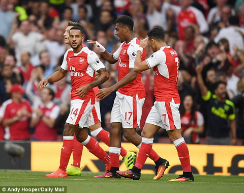 Arsenal 3-0 Chelsea Coquelin dinh chan thuong hinh anh