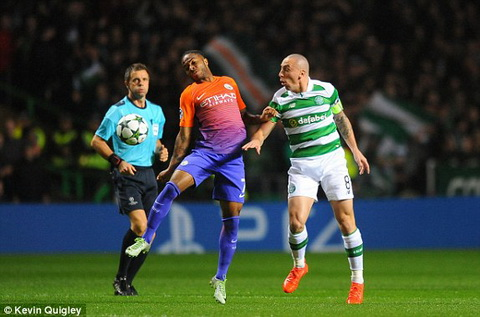 Tong hop: Celtic 3-3 Man City (Bang C Champions League 2016/17)