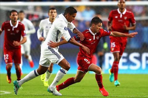 Real tim nguoi thay Casemiro Sao khong phai la Varane hinh anh 3