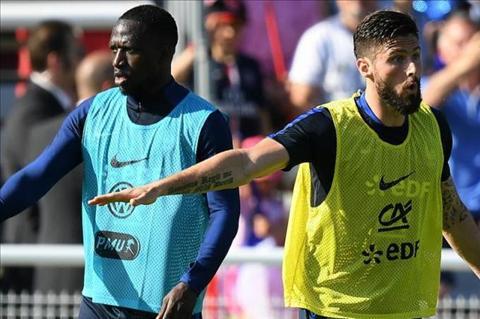 Giroud ke lai chuyen lam thuyet khach bat thanh cho Arsenal hinh anh