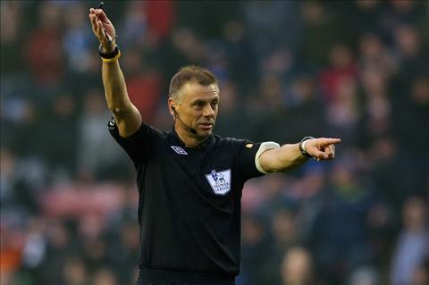 Aguero bi treo gio o derby Manchester va cong ly kieu Manucians… hinh anh 2