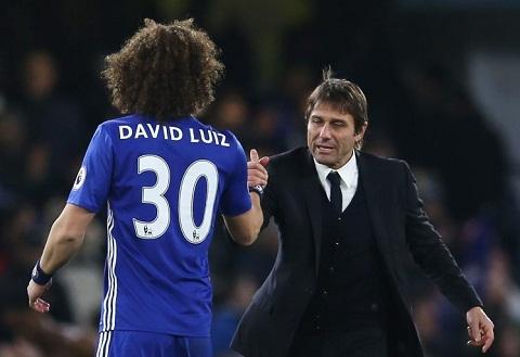 David Luiz tiet lo ly do tien bo duoi thoi Conte hinh anh