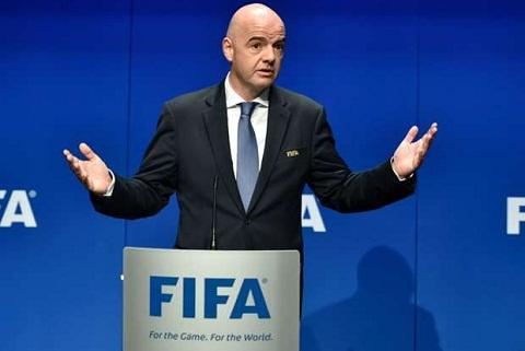Bong da Viet Nam nhan tin vui tu FIFA hinh anh