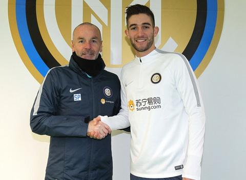 Inter Milan CHINH THUC don tan binh 25 trieu euro hinh anh