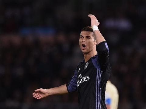 Ferdinand danh gia thap tien dao Cristiano Ronaldo  hinh anh