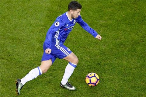 Hazard canh bao dong doi tai Chelsea ve cuoc dua vo dich hinh anh