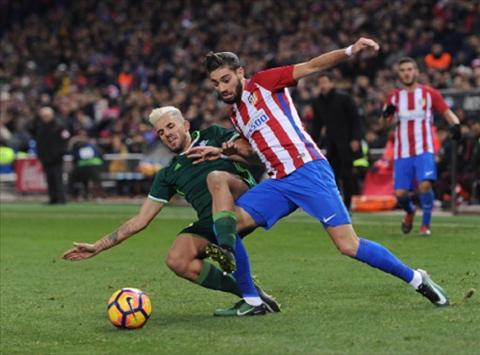 Tong hop Atletico Madrid 1-0 Betis (Vong 18 La Liga 201617) hinh anh