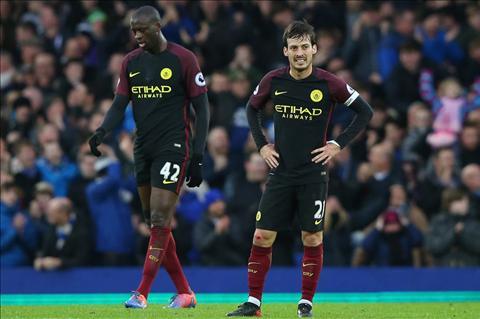 Everton 4-0 Man City Koeman la tam guong sang cua Guardiola hinh anh 3