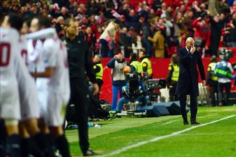Sevilla 2-1 Real Zidane chet trong giac mo cua chinh minh hinh anh 3