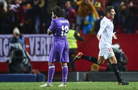 Tong hop Sevilla 2-1 Real Madrid (Vong 18 La Liga 201617) hinh anh