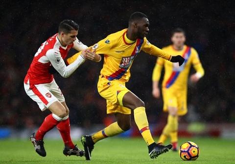 Du am Arsenal 2-0 Palace Cap bai trung Elneny – Xhaka hinh anh