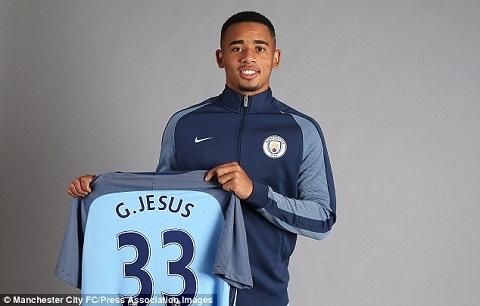 Tai sao Gabriel Jesus chon so ao 33 o Man City hinh anh 2