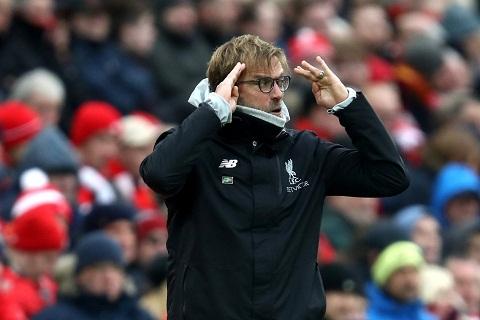 Jurgen Klopp soc voi ban thua thu ba cua Liverpool truoc Swansea