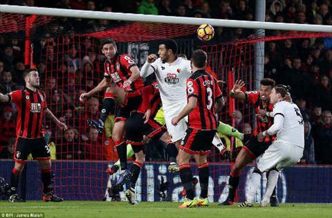 Tong hop Bournemouth 2-2 Watford (Vong 22 NHA 201617) hinh anh