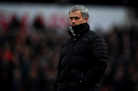 Diem nhan Stoke 1-1 MU Rooney di vao lich su hinh anh 3