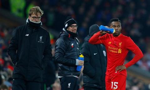 Liverpool bi loai khoi League Cup, Klopp do loi cho trong tai.