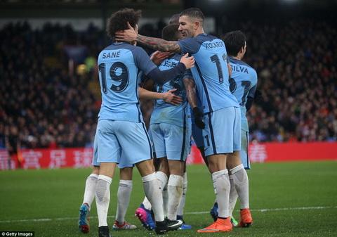 Crystal Palace 0-3 Man City Dau an dau tien cua Gabriel Jesus hinh anh