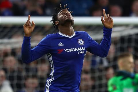 Chuyen nhuong Chelsea Ban Batshuayi mua Sanchez hinh anh