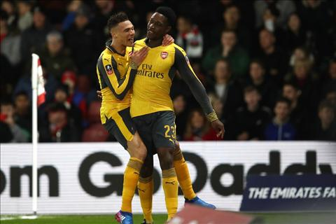 Tien dao Danny Welbeck dinh chan thuong hinh anh