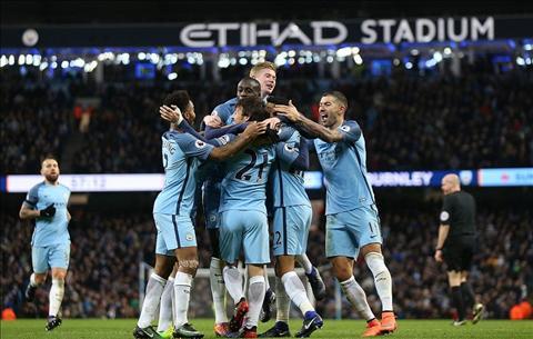 HLV Pep Guardiola Man City co the la CLB cuoi cung cua toi hinh anh
