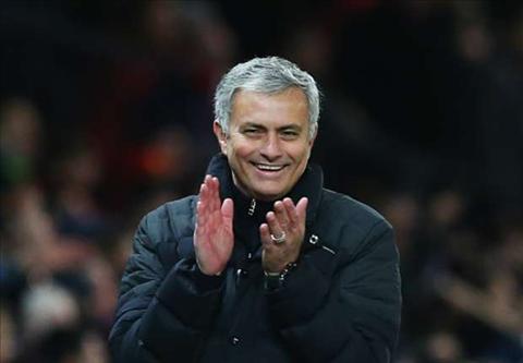 Hang cong MU Bai toan kho danh cho Mourinho hinh anh 3