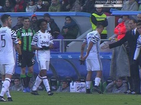 Juventus co bien Tien dao Dybala tu choi bat tay HLV Allegri hinh anh
