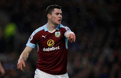 HLV Burnley Michael Keane se tro lai MU neu hinh anh