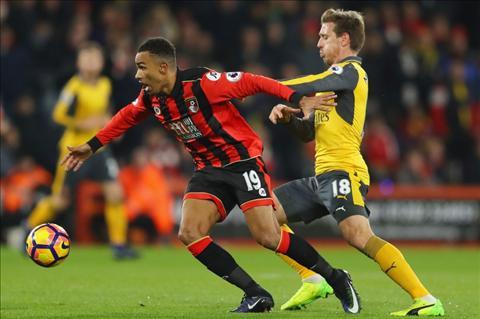Goc nhin Tran hoa hut chet Bournemouth la lieu thuoc bo cho Arsenal hinh anh 3