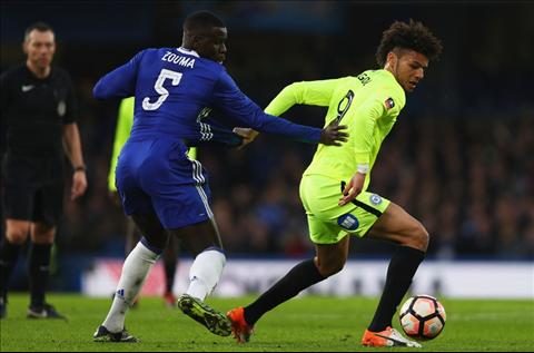 Chelsea 4-1 Peterborough Ngay hang thu The Blues ton vinh… Ake hinh anh 2