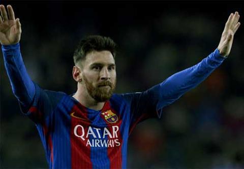 Messi giat lai 1 diem cho Barca bang cu da phat dep mat