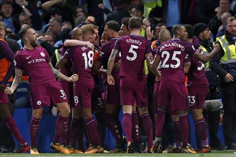 Man City vs Stoke (21h00 ngay 1410) Ngu ong dac loi hinh anh 2