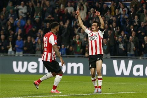 Arsenal nham sao tre PSV thay the Sanchez hinh anh