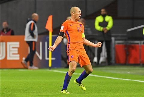 Ha Lan 2-0 Thuy Dien Chien thang van hoi danh du cua Oranje hinh anh