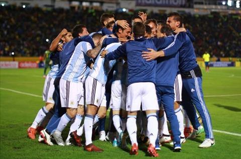 Argentina thoat hiem Trong bao to, moi biet Messi vi dai the nao…  hinh anh 3