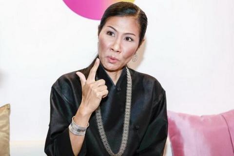 Tu ba Bo truong Thai Lan den HLV Park Hang Seo Do la khac biet! hinh anh