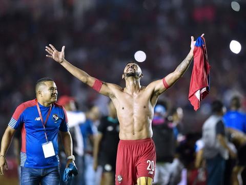DT Panama va World Cup 2018 Phep mau cua Ronan hinh anh