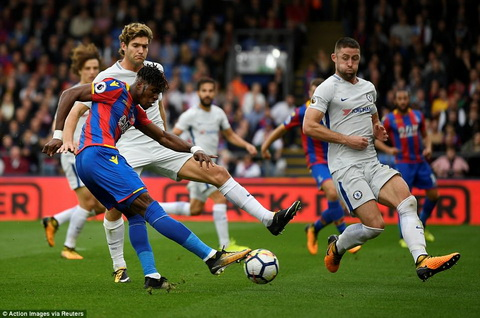 Antonio Conte can hoc ngay quy tac sinh ton co ban o Premier League hinh anh 2