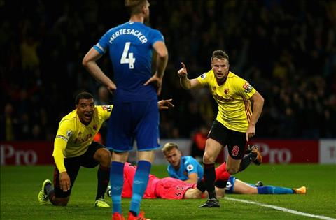 Nhung thong ke an tuong sau that bai cua Arsenal truoc Watford hinh anh