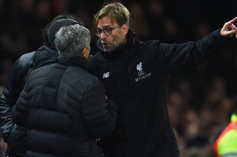 Klopp Liverpool khong the vo dich neu choi nhu MU hinh anh