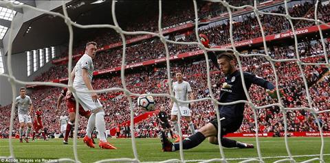 Benfica vs Man Utd (01h45 ngay 1910) Danh nhanh, thang nhanh hinh anh 2