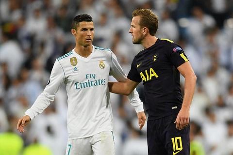 Khong nen so sanh tien dao Harry Kane voi Ronaldo hinh anh