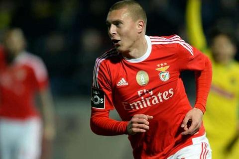 Lindelof tai Benfica